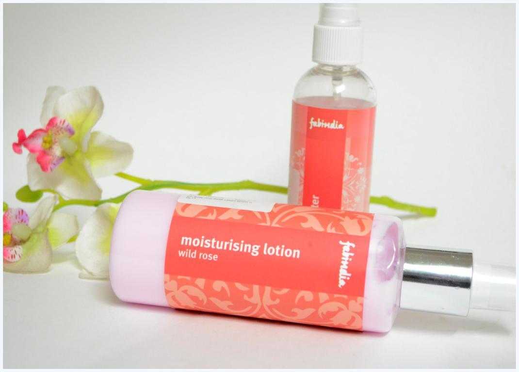 fab-india-moisturising-lotion-wild-rose